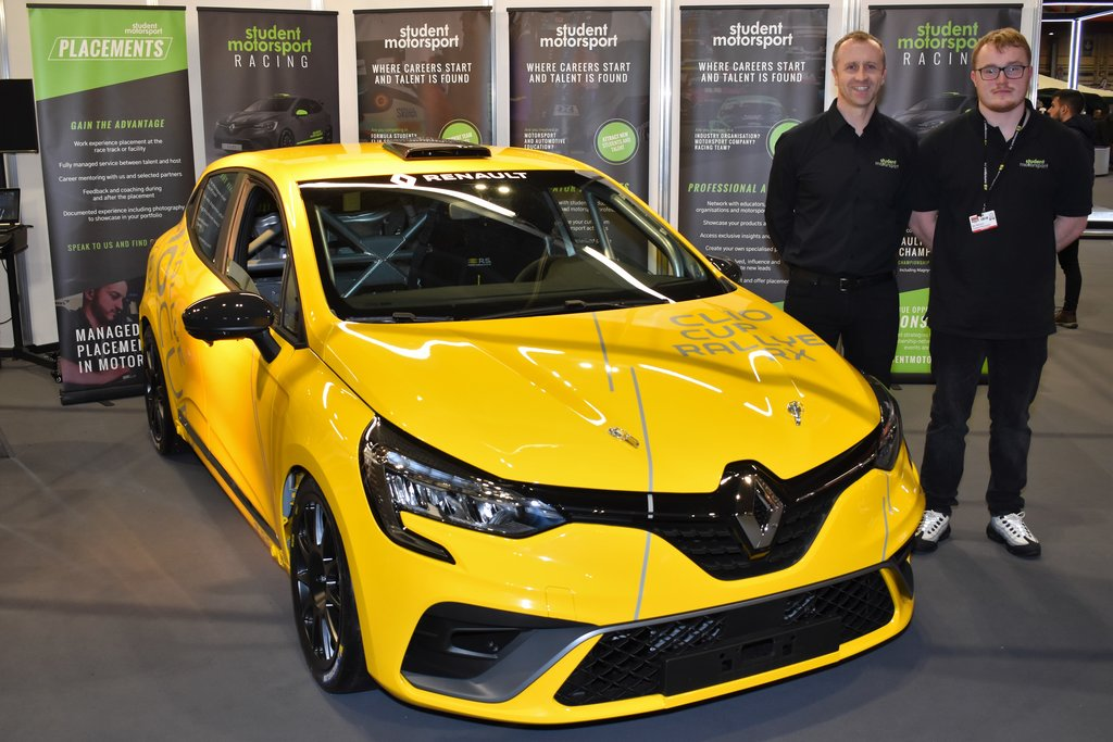 Ben Wallace first driver to confirm place on new Clio Cup UK grid - Click here to view this entry